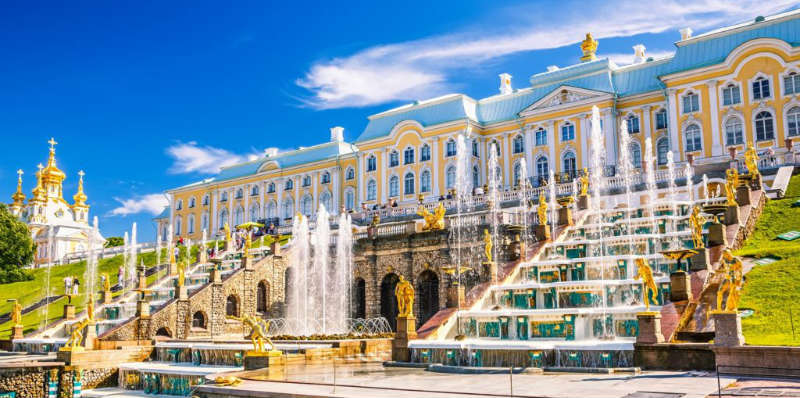 st-petersburg-russia-sommerpaladset